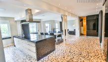 DESIGN-LOFT! Weitläufig und feinstens ausgestattet, mit Küche, Garage & vielem mehr! PROVISIONSFREI!