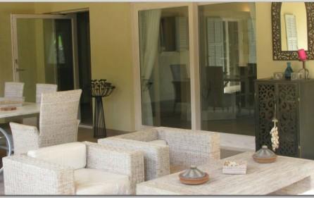 Atrium an überdachter Terrasse