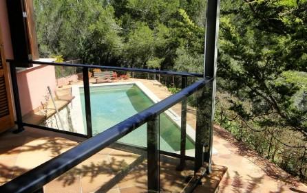 Blick auf dem Pool vom ersten OG