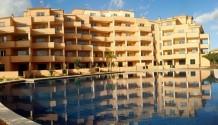 Wohnung im EG mit großer Terrasse und großem Pool in Sa Coma, Mallorca
