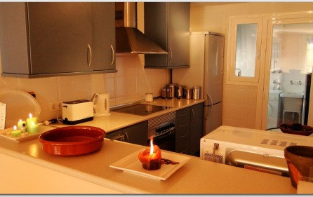 Moderne, offene Küche, Ansicht 1