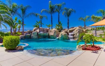 Poolbereich, Ansicht 7 (bei Tag)