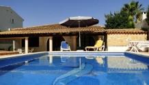 160 m² Villa mit Marmorböden und Pool