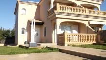 Doppelhaushälfte mit Dachterasse in Badia Blava, Mallorca
