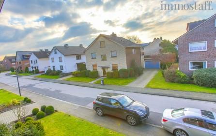 Blick in die Straße, Ansicht 2