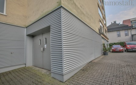 Lasten- bzw. PKW-Aufzug