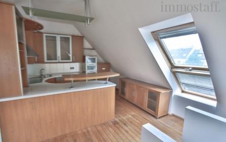 Küche im Spitzboden