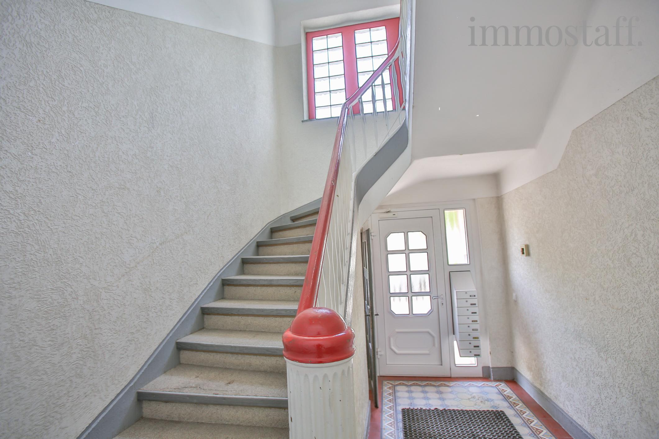 gladbeck mietwohnung mit balkon neuem bad und gro en r umen. Black Bedroom Furniture Sets. Home Design Ideas