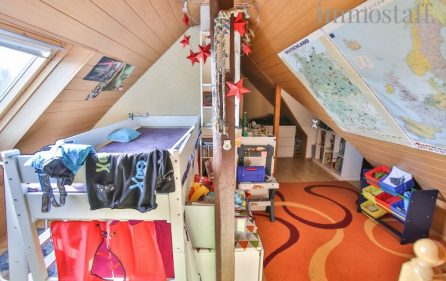 Kinderzimmer (Spitzboden)