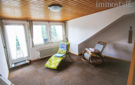 Wohn- und Schlafraum im Dachgeschoss