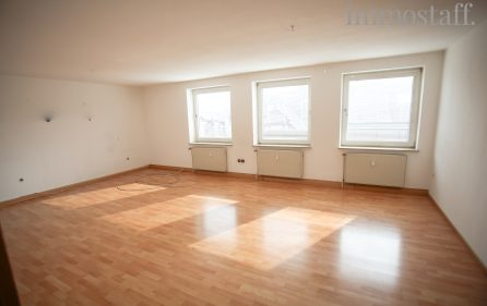 Wohnzimmer Wohnung 2. OG