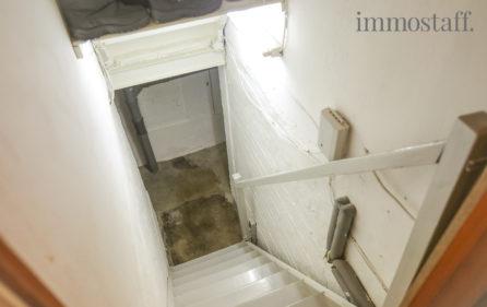 Treppe in den Kellergeschoss