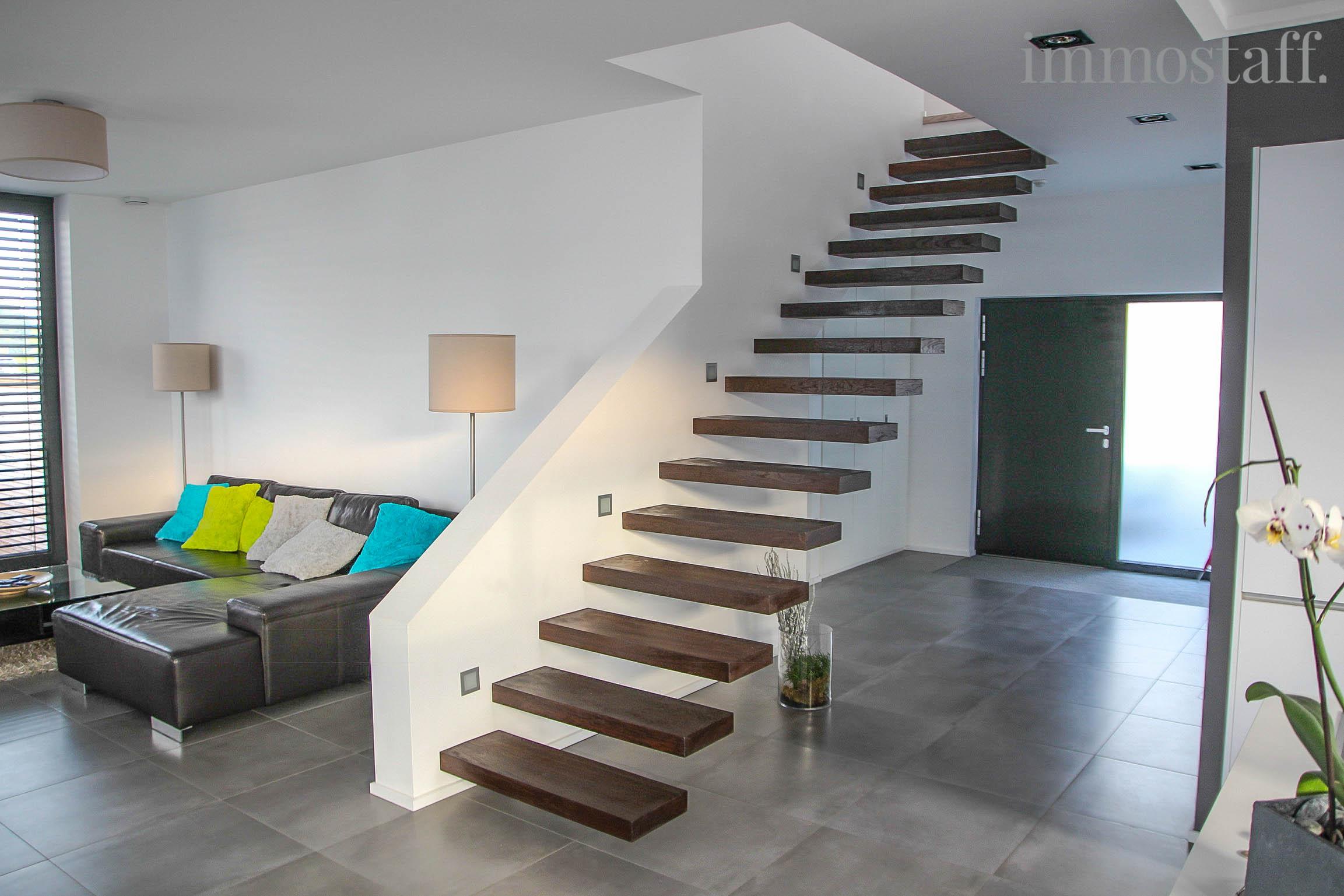 Inspirierend Schwebende Treppe Ideen Von Über Diese Immobilie: