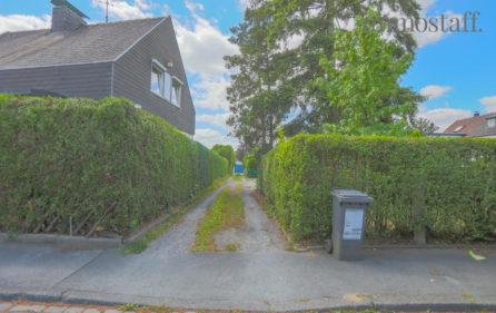 Zufahrt zum Garagenhof