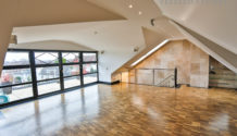 DESIGN-MAISONETTE! Weitläufig & edel ausgestattetes Penthouse mit offener Küche, Dachterrasse etc. zu vermieten!