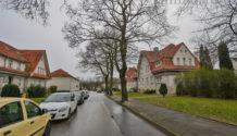 EIN STÜCK GESCHICHTE! 2-Familienhaus mit großem Grundstück in Welheim zu verkaufen. PROVISIONSFREI!