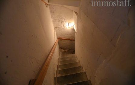 Treppenabgang zum Kellergeschoss