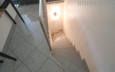 Treppe in den Souterrain