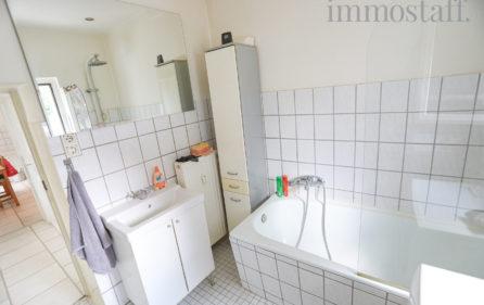 Badezimmer im EG Ansicht 2