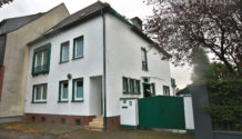 GLADBECK-ZWECKEL! Exklusives 2-Familienhaus mit Garage & Gartenhaus zu verkaufen. PROVISIONSFREI!