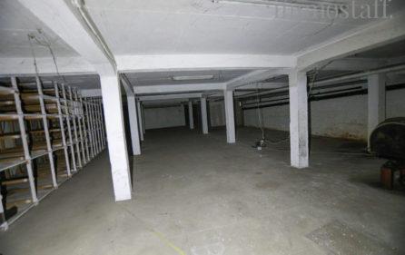 Tiefgarage im Untergeschoss Teil a