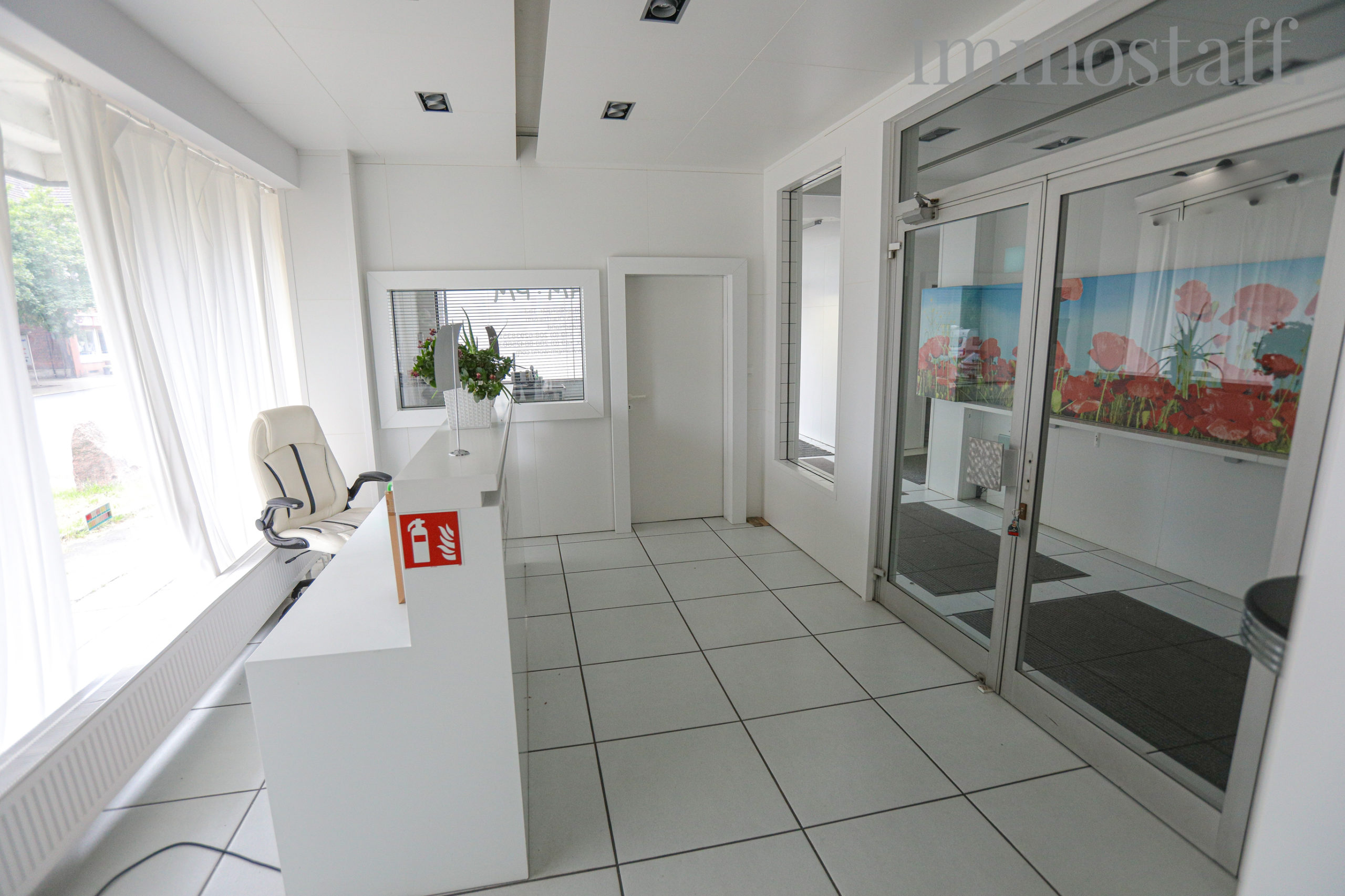 Eingangsbereich Ladenlokal EG