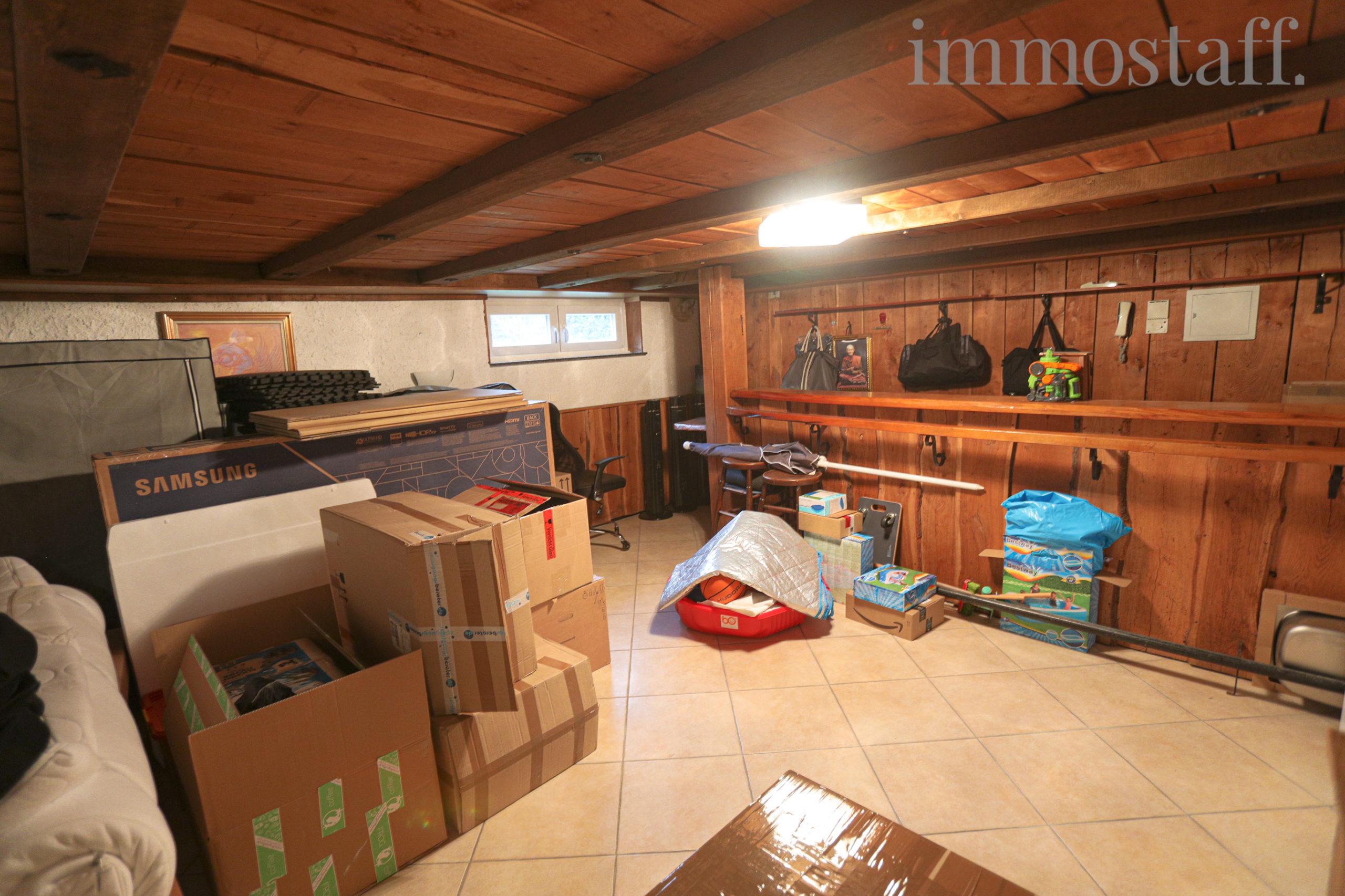 Kellerbar & Partyraum im Kellergeschoss