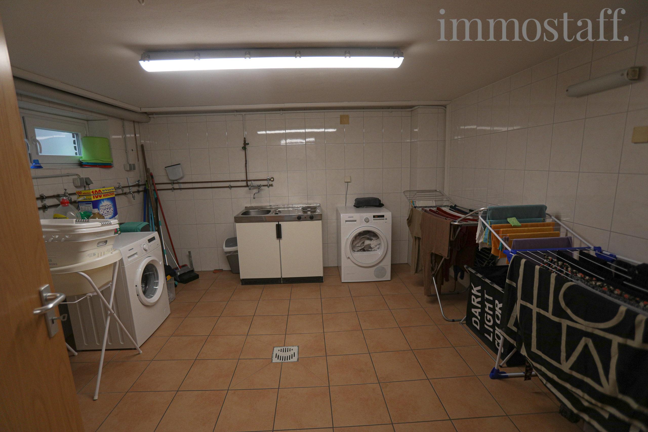 Wasch- & Trockenraum im Untergeschoss