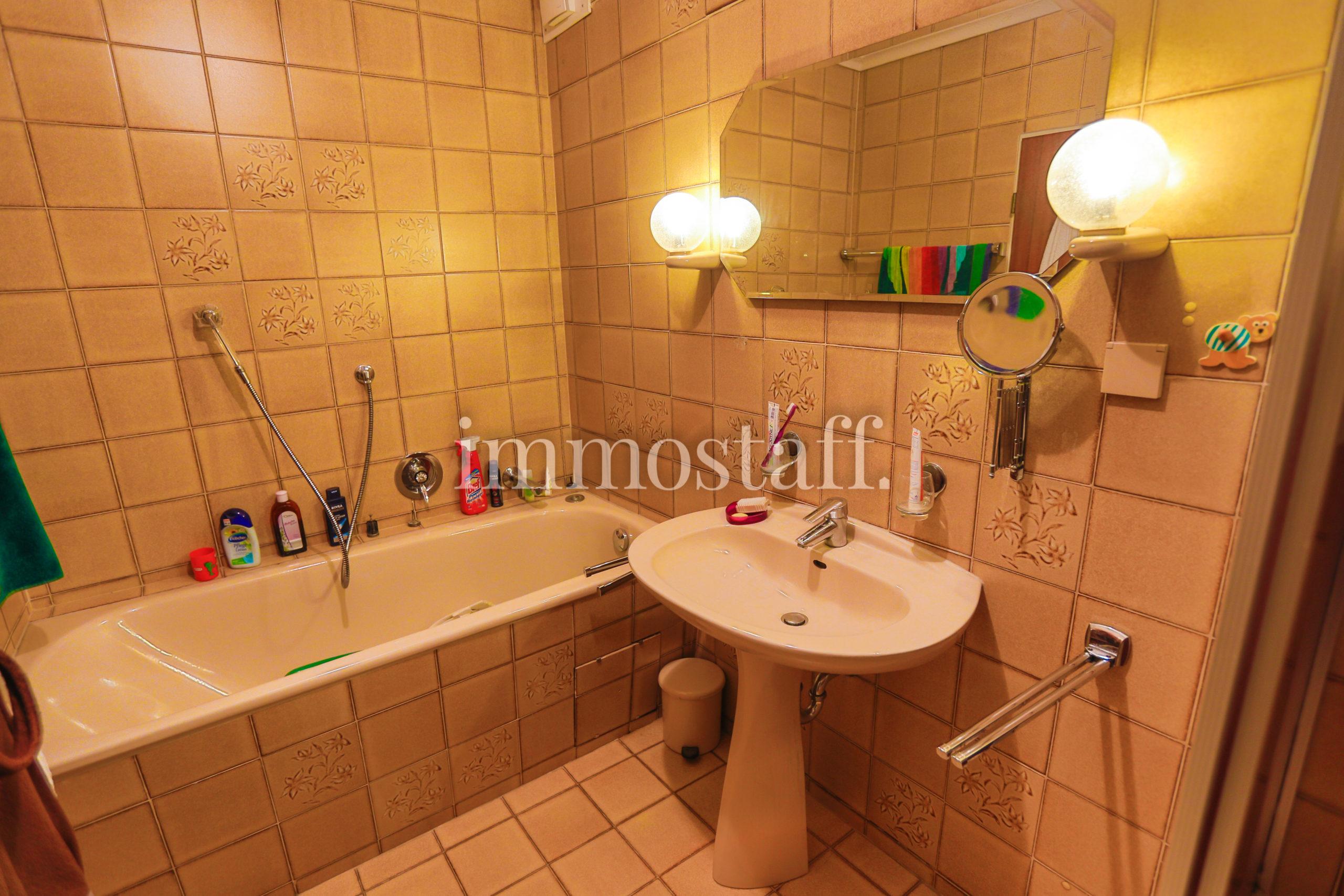 Badezimmer im OG Ansicht 2
