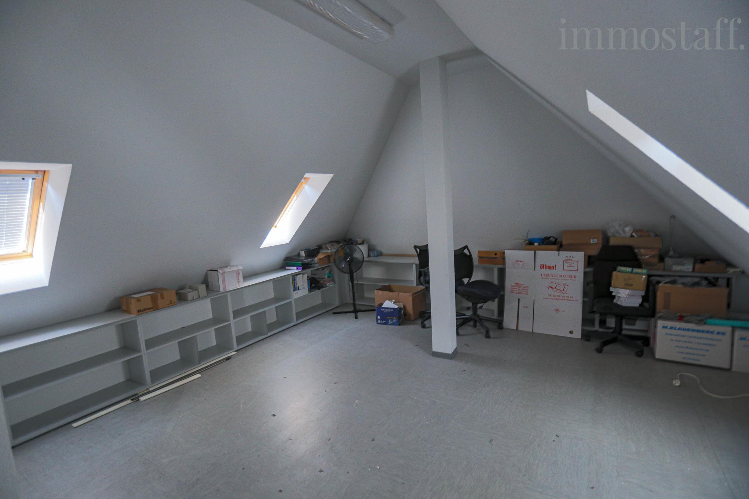 Spitzboden Lagerraum